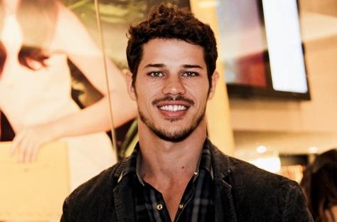 27 de Maio - 1984 – José Loreto, ator brasileiro.