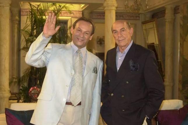 28 de Agosto — Raul Cortez - 1932 – 85 Anos em 2017 - Acontecimentos do Dia - Foto 14 - José Wilker e Raul Cortez, nas gravações de 'Senhora do Destino'.