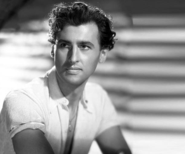 6 de maio - 1913 – Stewart Granger, ator norte-americano nascido na Grã Bretanha.