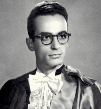 12 de Abril - 1932 — Waldo Vieira - médico brasileiro fundador da Conscienciologia (m. 2015), jovem, na formatura.
