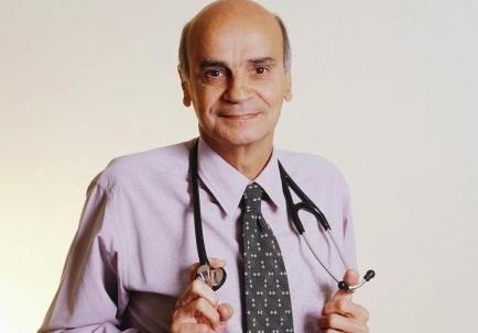 3 de Maio - 1943 - Drauzio Varella, médico oncologista, cientista e escritor brasileiro.