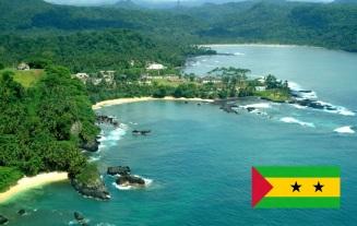16 de Setembro – Foto de São Tomé, capital da São Tomé e Príncipe. 1975 – São Tomé e Príncipe é admitido como Estado-Membro da ONU.
