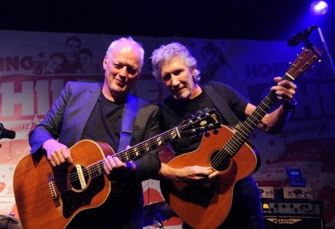 6 de Setembro – Roger Waters - 1943 – 74 Anos em 2017 - Acontecimentos do Dia - Foto 14 - David Gilmour e Roger Waters.